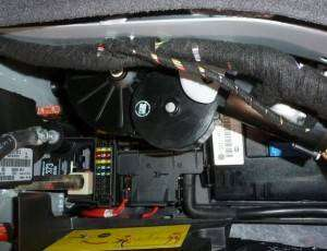How To Fix Weak Trunk Motor From Lifting-Audi A8L