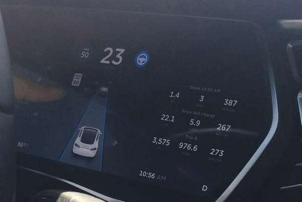 2016 Tesla S 75D Autopilot In Action