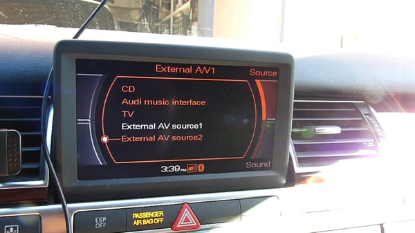 Audi MMI 2G Screen