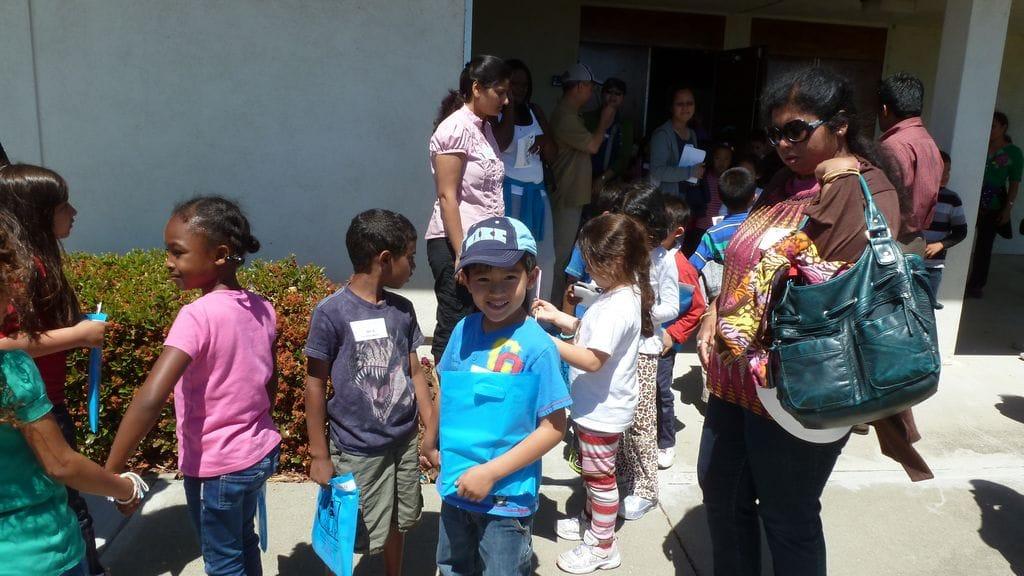 First Grade Field Trip In Ardenwood Elementary