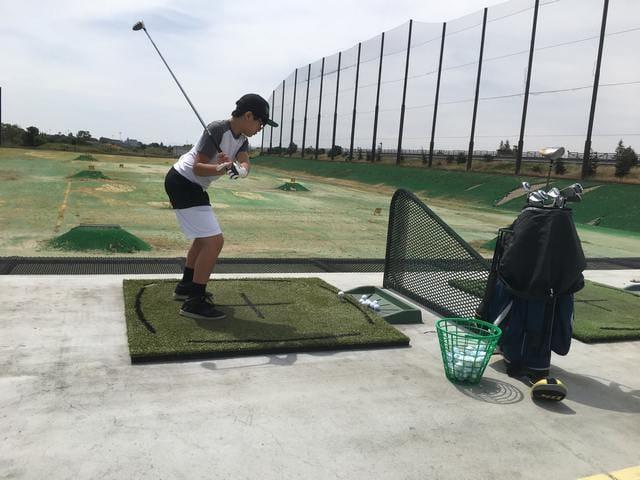 Brandon Plays Golf
