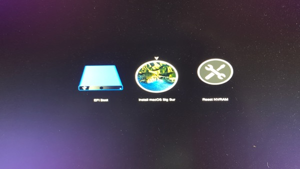 OpenCore 0.6.6 boot menu