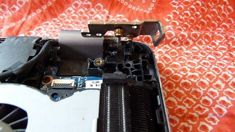 Fix Broken Hinges On 17″ HP TouchSmart M7-J120DX Laptop